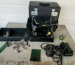 Vintage Singer Featherweight Model 221 Sewing Machine In Case with Accessories