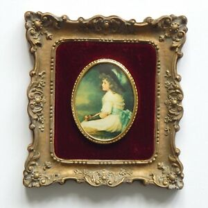 ORNATE VICTORIAN STYLE OVAL SMALL PICTURE FRAME RUSTIC LOOK NEW SEATED GIRL