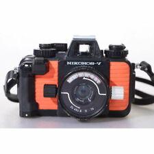 Nikon Nikonos V Orange Kamera mit 2,5/35 Objektiv - Unterwasser Kleinbildkamera