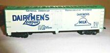 HO Scale Dairymens League 40 Foot Reefer Freight Train Car 907 Mantua
