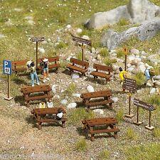 BUSCH 1484 H0 Wald-Sitzgarnitur aus Echtholz, Bausatz, Neu