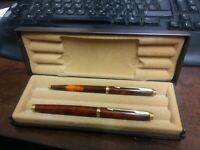 SET OF PARKER 75 GT FOUNTAIN & BALLPOINT PENS THUYA BROWN CHINESE LACQUERED BOX