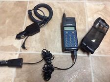 Vintage Ericsson Cell w/case + adapters broke