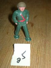 ca 1960'S BARCLAY DIMESTORE LEAD TOY MARCHING SOLDIER #25