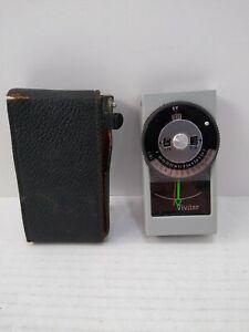 Vivitar No. 30 Exposure Light Meter and Case