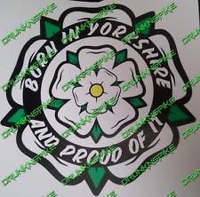 Yorkshire Rose né dans le Yorkshire et fier de l'Autocollant Voiture Drôle