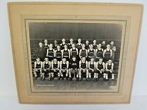 1938 KINGSTON HIGH SCHOOL BASKETBALL TEAM PHOTOGRAPH, Pennington Studios