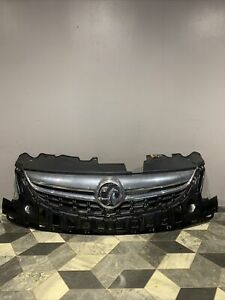 VAUXHALL CORSA D GENUINE FACELIFT FRONT CHROME AND UPPER GRILL 2011-2015