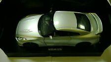 NEW RAY 1:24 AUTO DIE CAST MONTATA  NISSAN GTR GRIGIO METALLIZZATO ART 71933