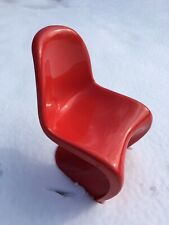 Nice Vintage Early Verner Panton Molded Fiberglass Classic S Chair in Red Gloss