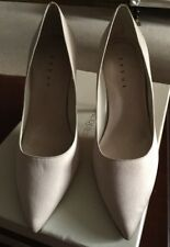 Debut Nude Beige Satin High Heeled Court Shoe Size 4 New £35