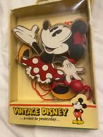 VNTG Disney MINNIE MOUSE Kurt Adler Wood Christmas Ornament **BRAND NEW IN BOX**