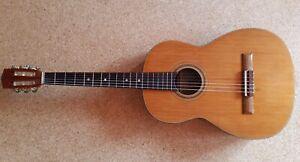 Suzuki Gitarre Modell 9