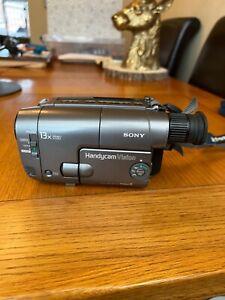 Sony Handycam Vision CCD-TRV12E