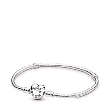 Pandora Moments Heart Bracciale a Catena Serpente con Cuore in Argento