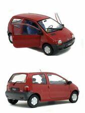 Voitures miniatures rouges Renault