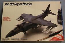 Testors 688 AV-8B Super Harrier Plastic Model Kit LNIB 1/72 Scale 1984