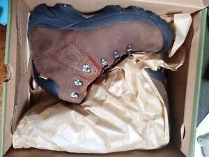 Keen Pyrenees Mens Brown Waterproof Walking Hiking Ankle Boots Size UK 10.5