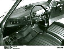 Photo de presse ancienne intérieur de voiture automobile Renault 6 1969