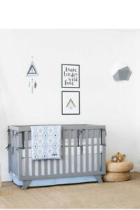 Petunia Pickle Bottom Southwest Skies 3-Piece Baby Crib Bedding Set in Grey/Blue