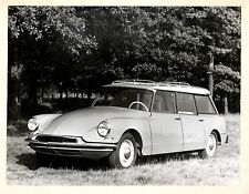 "PHOTO GF "" AUTOMOBILE CITROEN DS ou ID 19 BREAK """