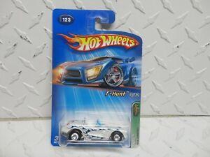 2005 Hot Wheels Treasure Hunt #123 White 1958 Corvette w/Black Real Riders