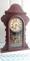 """ANTIQUE WATERBURY """"SUFFOLK"""" 1891 WALNUT 8 DAY MANTLE CLOCK"""