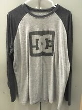 DC mens L womens Baseball Style T-Shirt long sleeve grey w/ dark gray knit