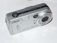 Sony Cyber-shot DSC-P72 3.2 M - Digital Appareil photo - Argenté