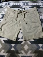 Women's Abercrombie & Fitch Khaki / Chino Knee High Shorts Size 2 Cargo Golf