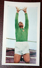 ASTON VILLA FC  Sims  1960's Vintage Colour  Footballer Card   EXC