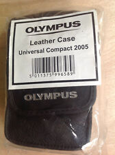 OLYMPUS CAMEDIA LEATHER CASE UNIVERSAL COMPACT 2005 NEW