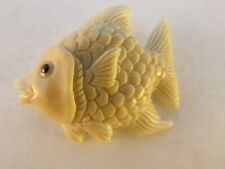 Vegetable Ivory Happy fish Button
