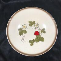 "Vintage METLOX POPPYTRAIL California Strawberry 9"" Serving Bowl"