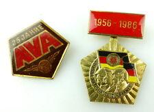 2 Abzeichen: 25 und 30 Jahre NVA Nationale Volksarmee 1956-1986 goldfarben e1862