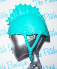 MONSTER HIGH LAGOONA ROLLER MAZE GIRL DOLL REPLACEMENT TURQUOISE HELMET ONLY