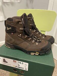 Danner Mt Adams Hiking boots men's size 10.5D