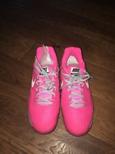 Nike Womens Air max Cage Tennis Shoe size 9 US pink/grey/white