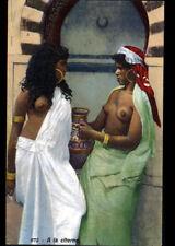 ETHNIQUE (TUNISIE) FEMME TUNISIENNE avec buste tatoué , à la CITERNE début 1900