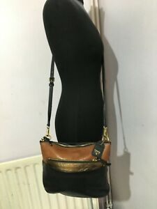 FOSSIL GENUINE LEATHER BLACK COMBI LEATHER WOMENS CROSS BODY & MESSENGER BAG