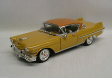 1957 Cadillac Series 62 Coupe DeVille 1:32 Die-Cast Signature Model 32359