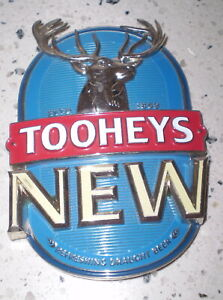 Australian beer tap top BADGE (Metal)  -  Tooheys New  FREE POST AUSTRALIA WIDE