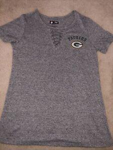 Woman's Greenbay Packers Tee Shirt Size S Team Apparel NFL Gray Short Sleeve