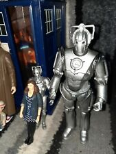 More details for dr who tardis and figure lot.