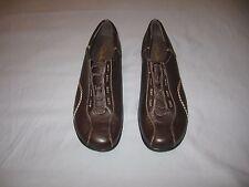 NWOB / Clarks Comfort / Walking Shoes ~~ Women's Size 11 M