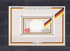 ALLEMAGNE Germany Bloc Feuillet Yvert N°  9 Neuf luxe XX 25 éme Anniv république