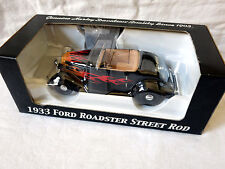 Harley-Davidson 1933 Ford Roadster Street Rod 1:24 Scale Replica Bank, 96847-06v