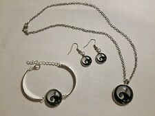 Disney Nightmare Before Christmas Necklace, Bracelet, Earring Set