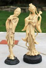 2 statuettes sculptures figurines chinois musicien résine couleur ivoire