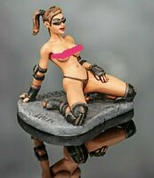 Roller Sexy Girl  Hand Painted Miniature Tin 54mm 1/32